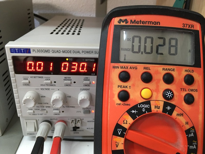 Medida de 30 mA en la escala de Amperios.